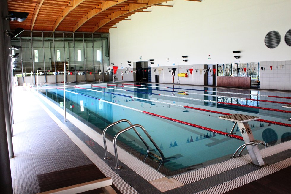 Cm mirandela piscina municipal coberta for Piscina municipal campos